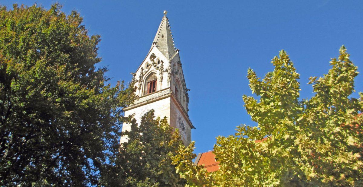 Kirchturm-Tramin